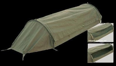 A one-man tunnel tent for special unit personnel. Two all-round zippers allow a middle part to be opened. The zippers are & Carinthia Bivy Bags